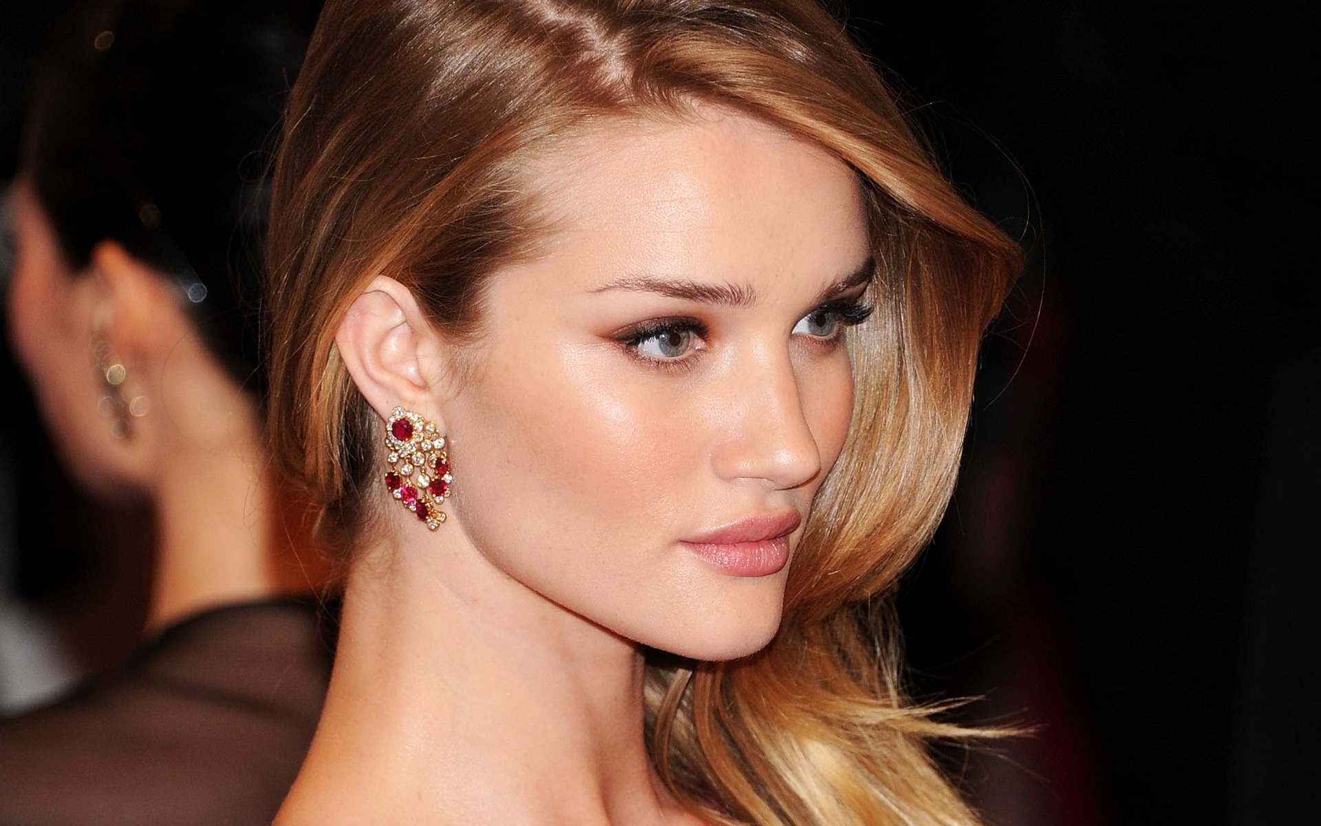 Rosie Huntington Whiteley #006 - 1920x1200 Wallpapers Pictures Photos Images