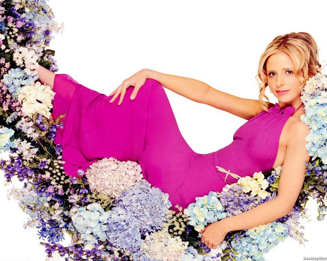 Sarah Michelle Gellar #056 - 1280x1024 Wallpapers Pictures Photos Images