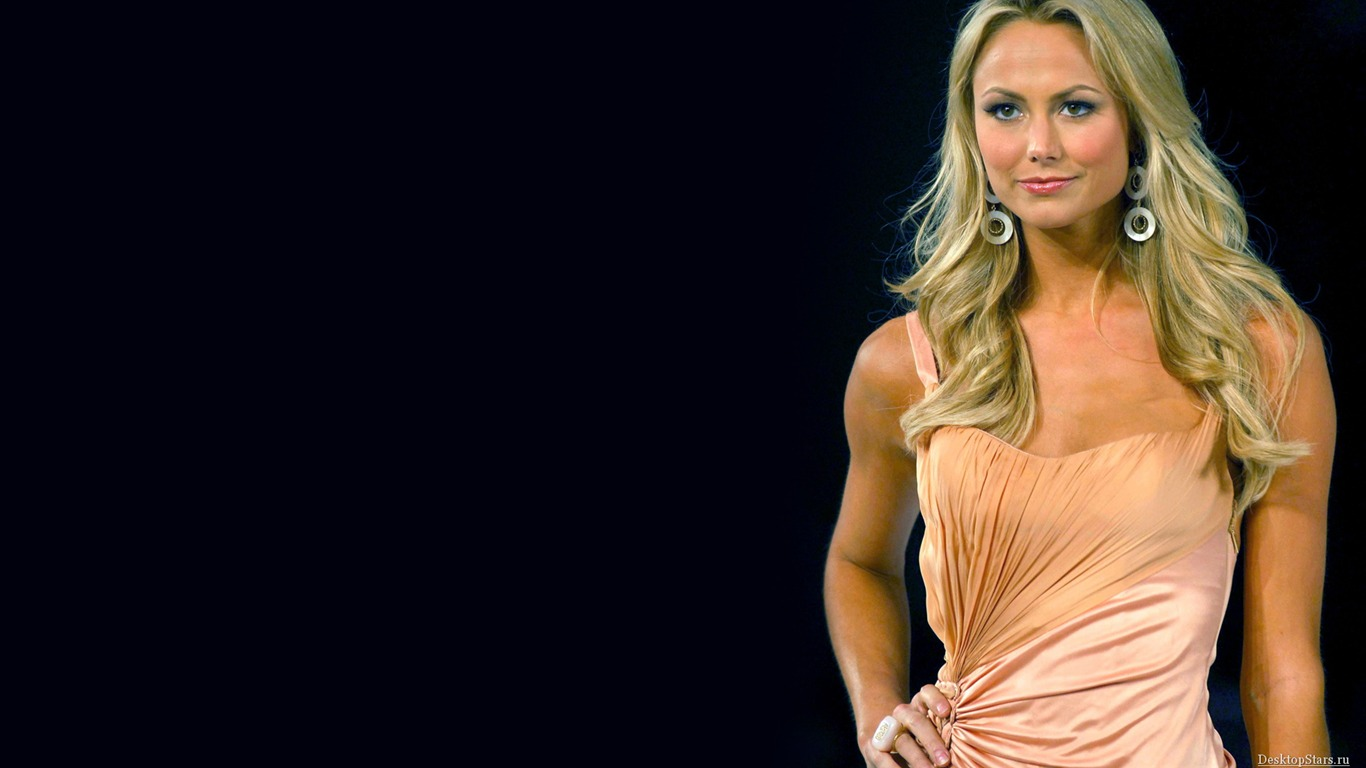 Stacy Keibler #038 - 1366x768 Wallpapers Pictures Photos Images
