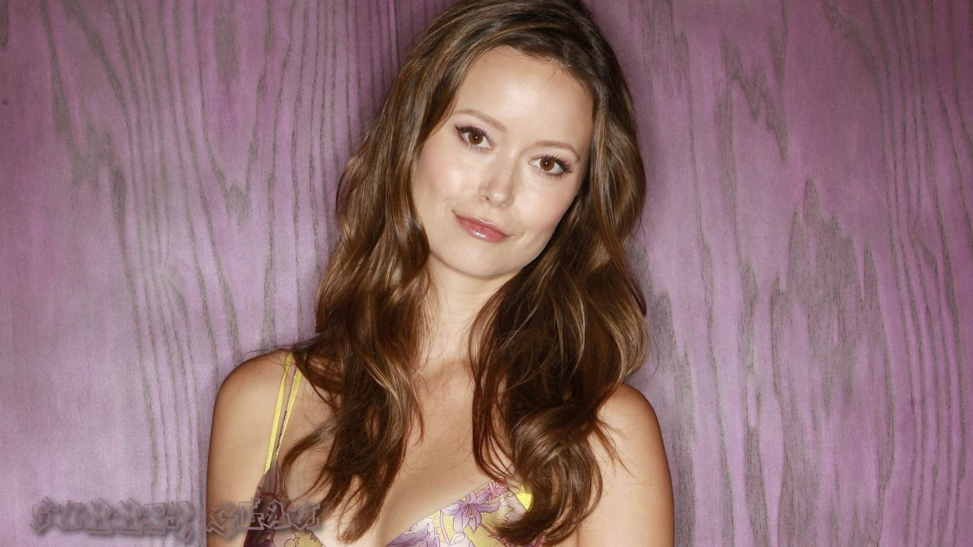 Summer Glau #007 - 1920x1080 Wallpapers Pictures Photos Images