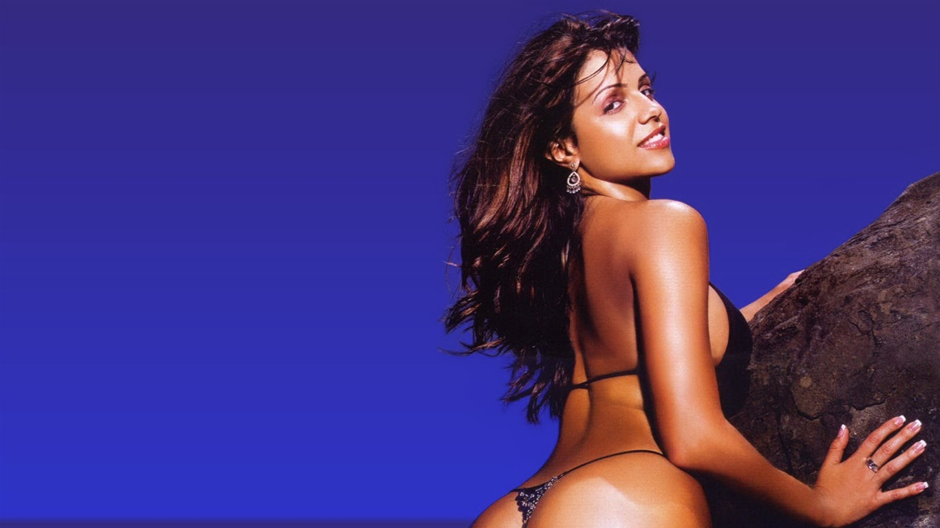 Vida Guerra #022 - 1366x768 Wallpapers Pictures Photos Images